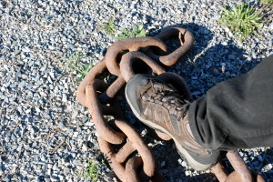 Chain and foot